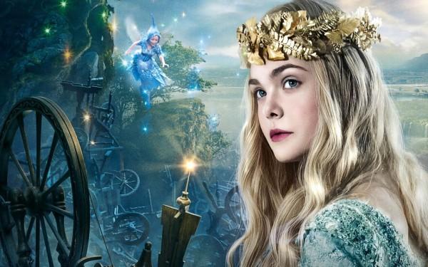 Elle-Fanning-As-Princess-Aurora-In-Maleficent-Wallpaper