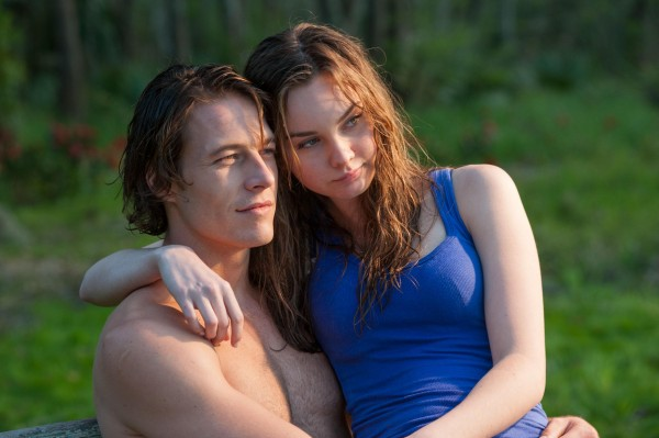 The-Best- of-Me-2014 -Luke Bracey-and-Liana Liberato